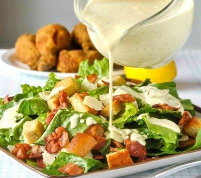 """Заправки для салата """"Цезарь"""" с курицей: ингредиенты, рецепты приготовления"""