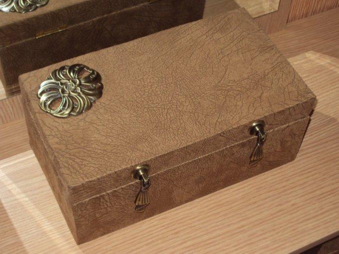 Как сделать шкатулку из самых различных подручных материалов