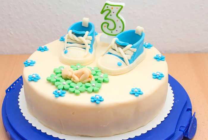 Детский мастичный торт.