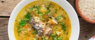 Вкусный суп из рыбных консервов (сайра с рисом и не только)