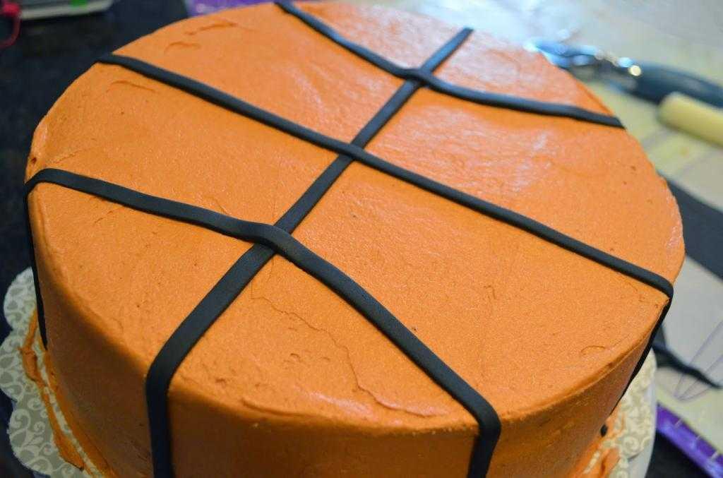 """Торт """"Баскетбольный мяч"""" для настоящих спортсменов"""