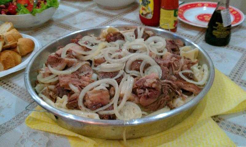 """Правильно готовим казахское блюдо """"Бешбармак"""""""