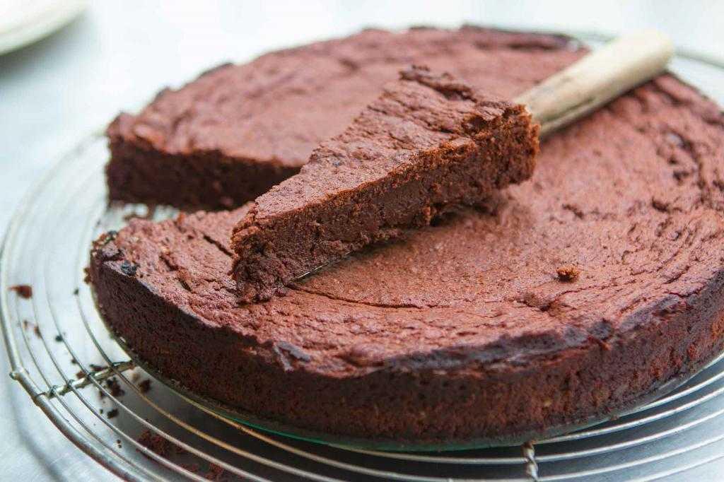 Пирог с шоколадом: рецепт с описанием, особенности приготовления, фото