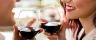 Как правильно пить красное вино: секреты употребления
