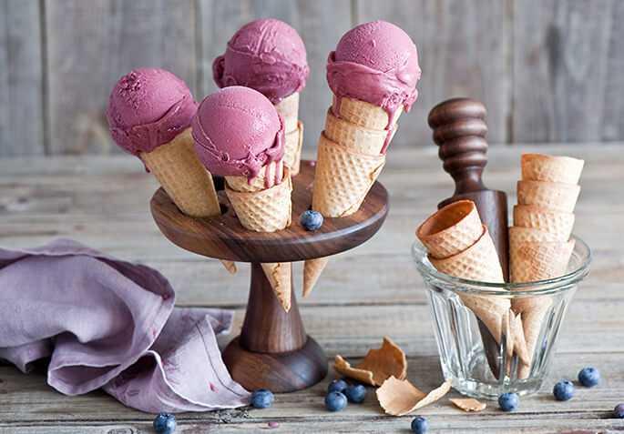 Как сделать мороженое в домашних условиях из молока и сахара?