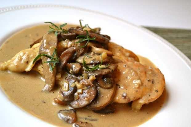Куриное филе, запеченное с грибами: рецепты, советы по приготовлению