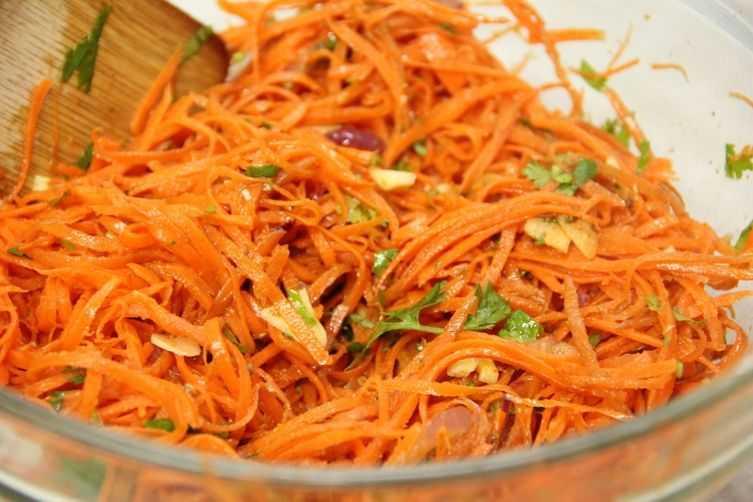 Простой рецепт лаваша с корейской морковью