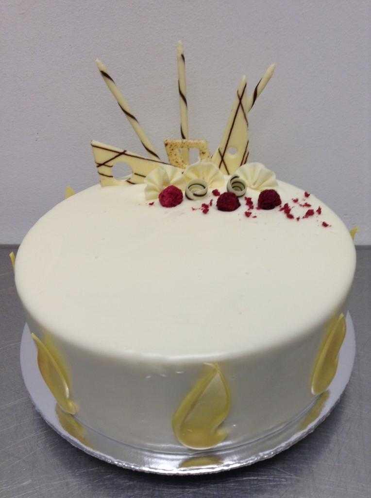 Торт с белым шоколадом