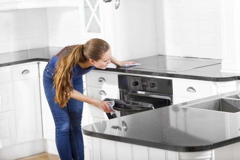Можно ли в духовку ставить стеклянную посуду: основные правила, советы, преимущества и недостатки
