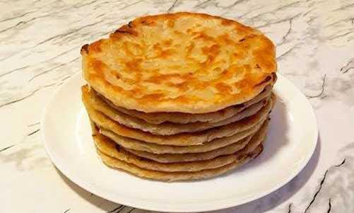 Лепешка с луком на сковороде: рецепты приготовления