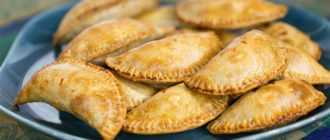 Как приготовить вкусные пирожки: рецепты теста и начинок