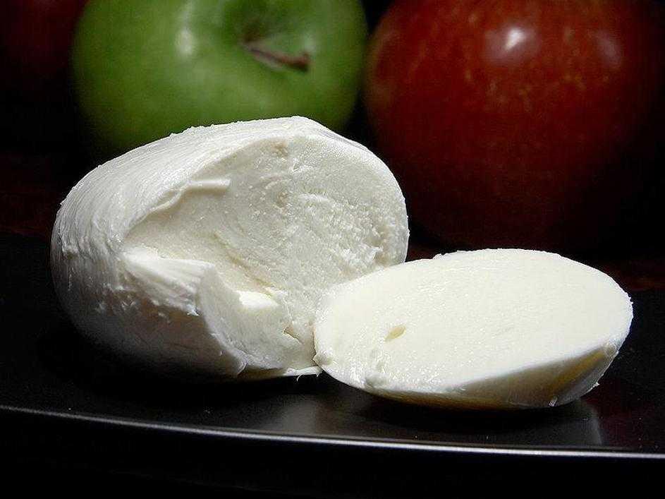 Сыр моцарелла: состав и калорийность, фото
