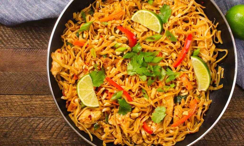 Пад тай с курицей: ингредиенты и рецепт приготовления