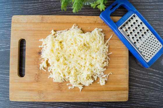 Рулеты из лаваша с зеленью и сыром: рецепты приготовления