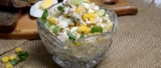Салат: кукуруза, колбаса, огурец, сыр, яйцо. Рецепт с фото