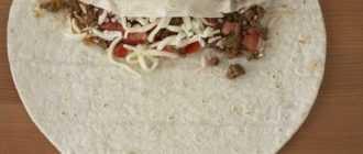 Мясной рулет из лаваша: рецепт с фото