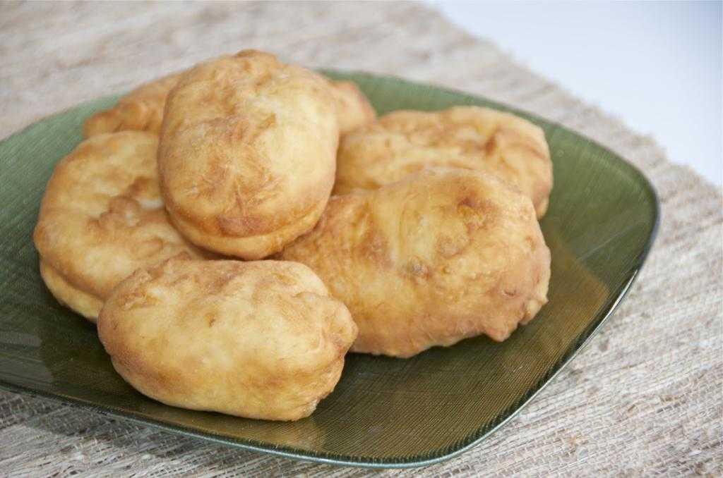 Пирожки из картофельного пюре с начинкой: рецепты приготовления