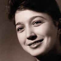 Лариса Исаева
